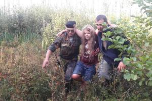 В Мядельском районе нашли пропавшую во лесу 0-летнюю девочку