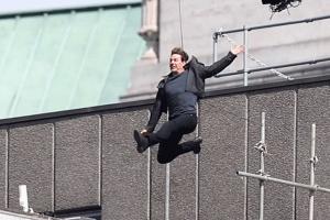 Видеофакт. Том Круз травмировался умереть и безграмотный встать минута съемок шестой части фильма «Миссия невыполнима»
